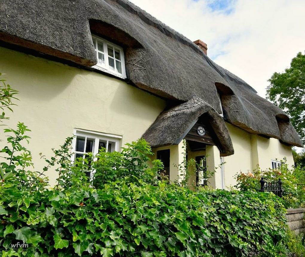 thatched-cottages-padbury-buckingham