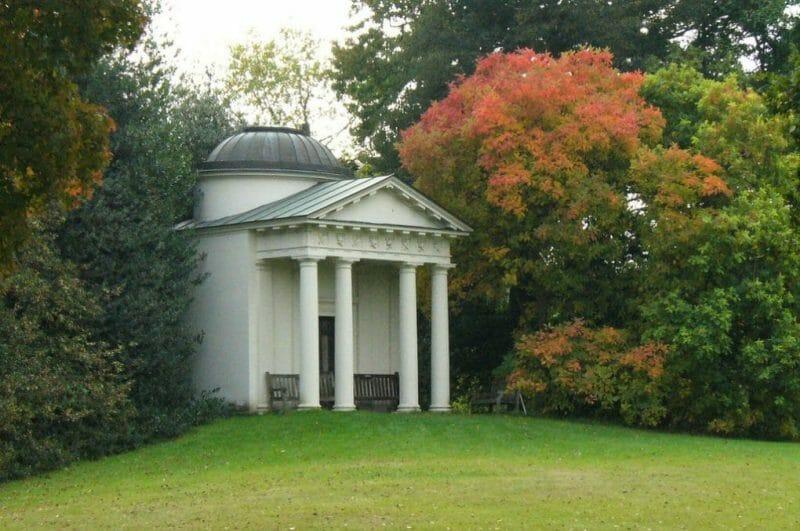 Kew Gardens photo