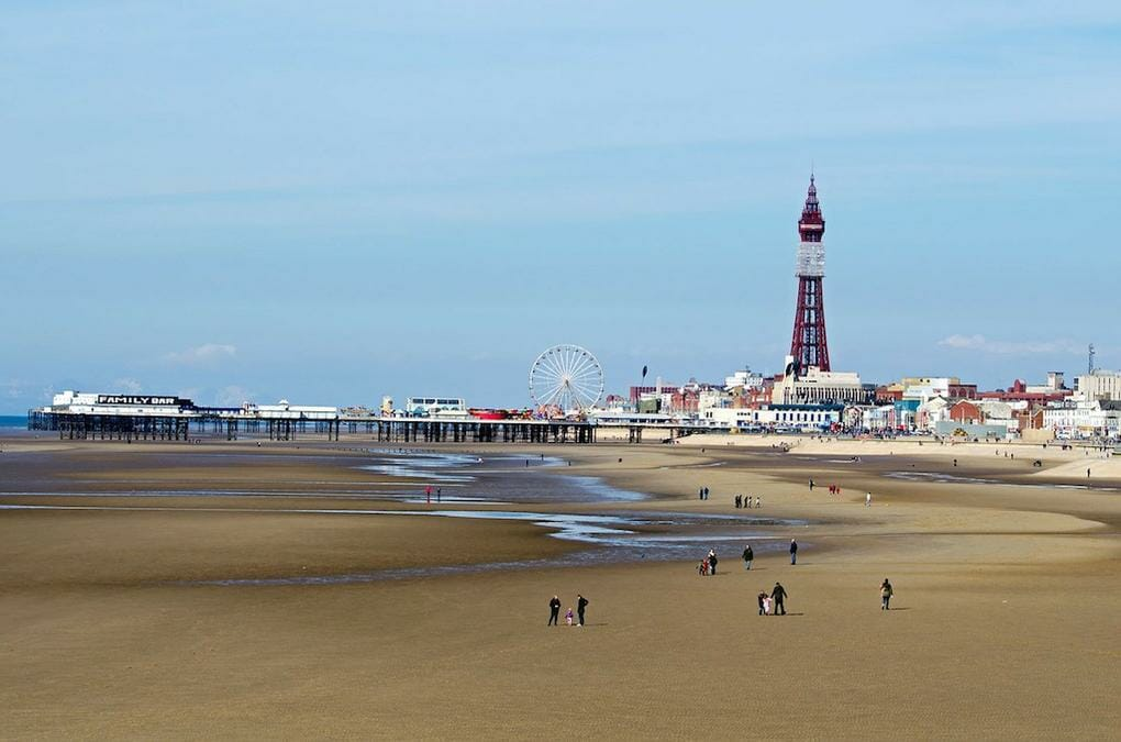 best-15-seaside-resorts-blackpool