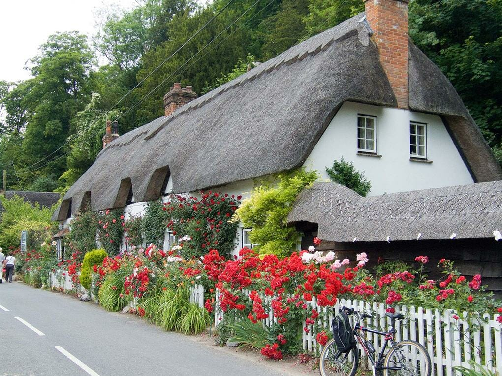 thatched-cottages-wherwell-hampshire